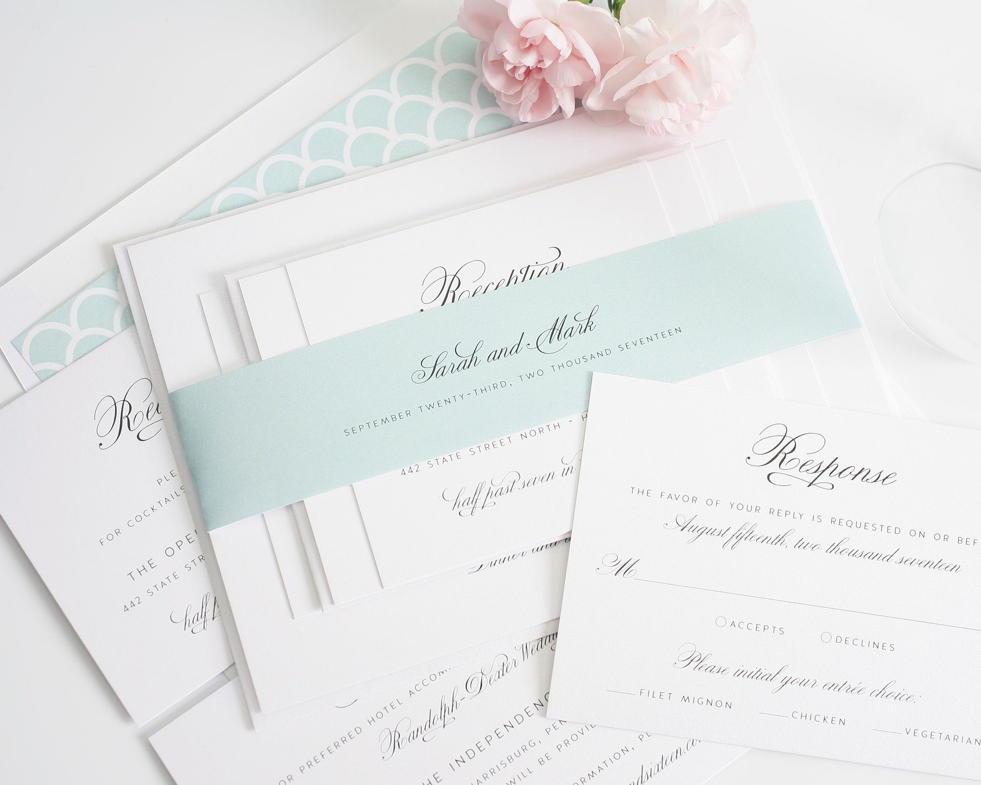 Gorgeous Wedding Invitations: Gorgeous Wedding Invitations With Mint Scallops