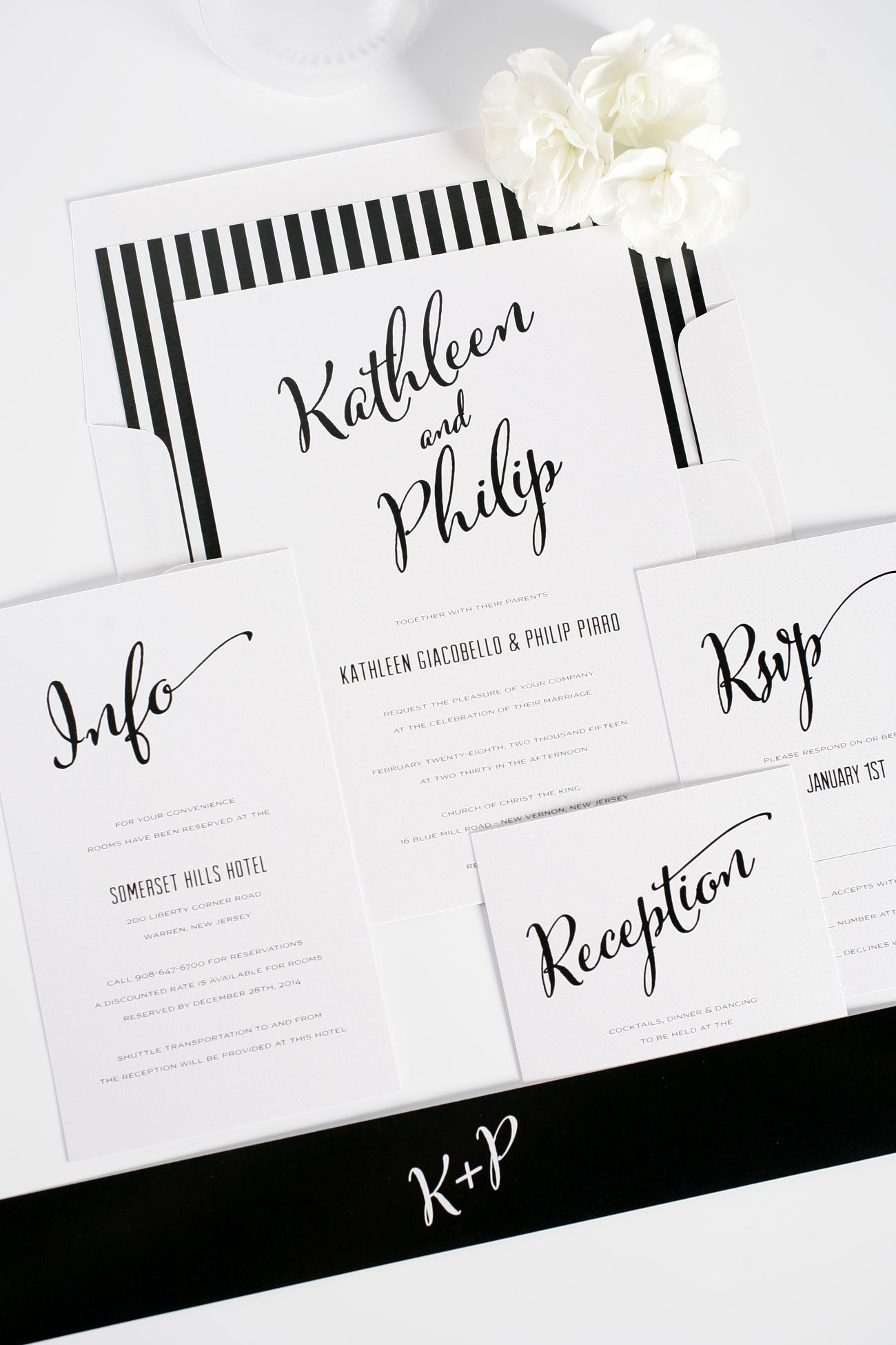 Modern Calligraphy Wedding Invitations in Black and White – Wedding ...