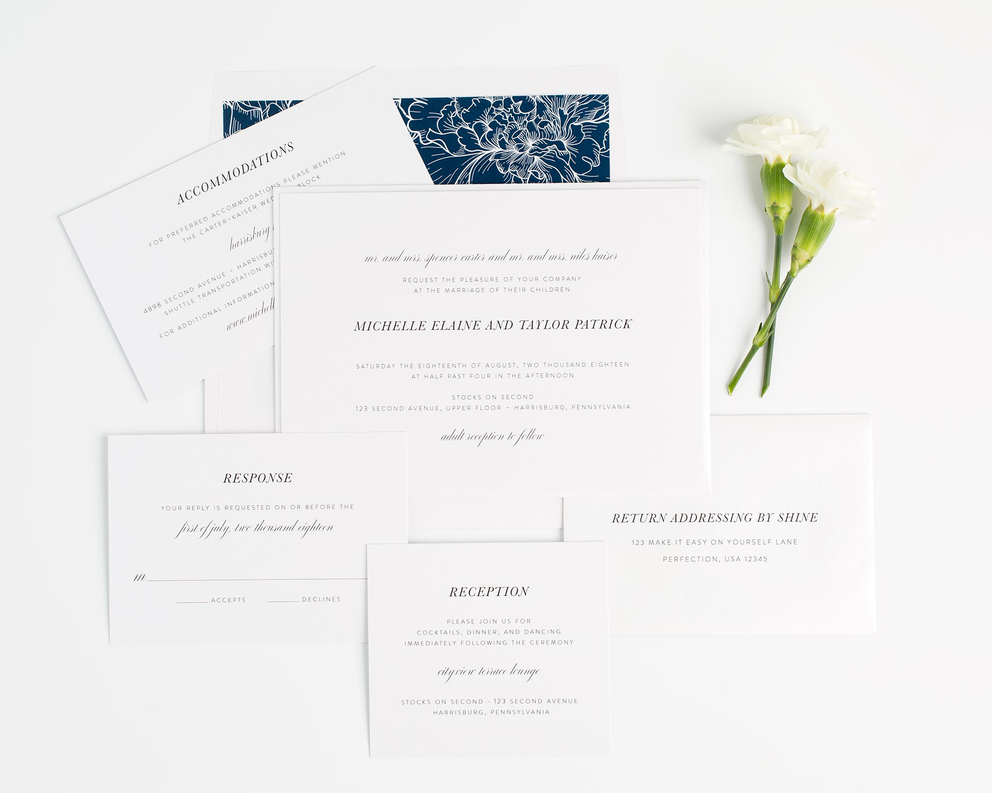 Modern and Chic Wedding Invitations in Navy