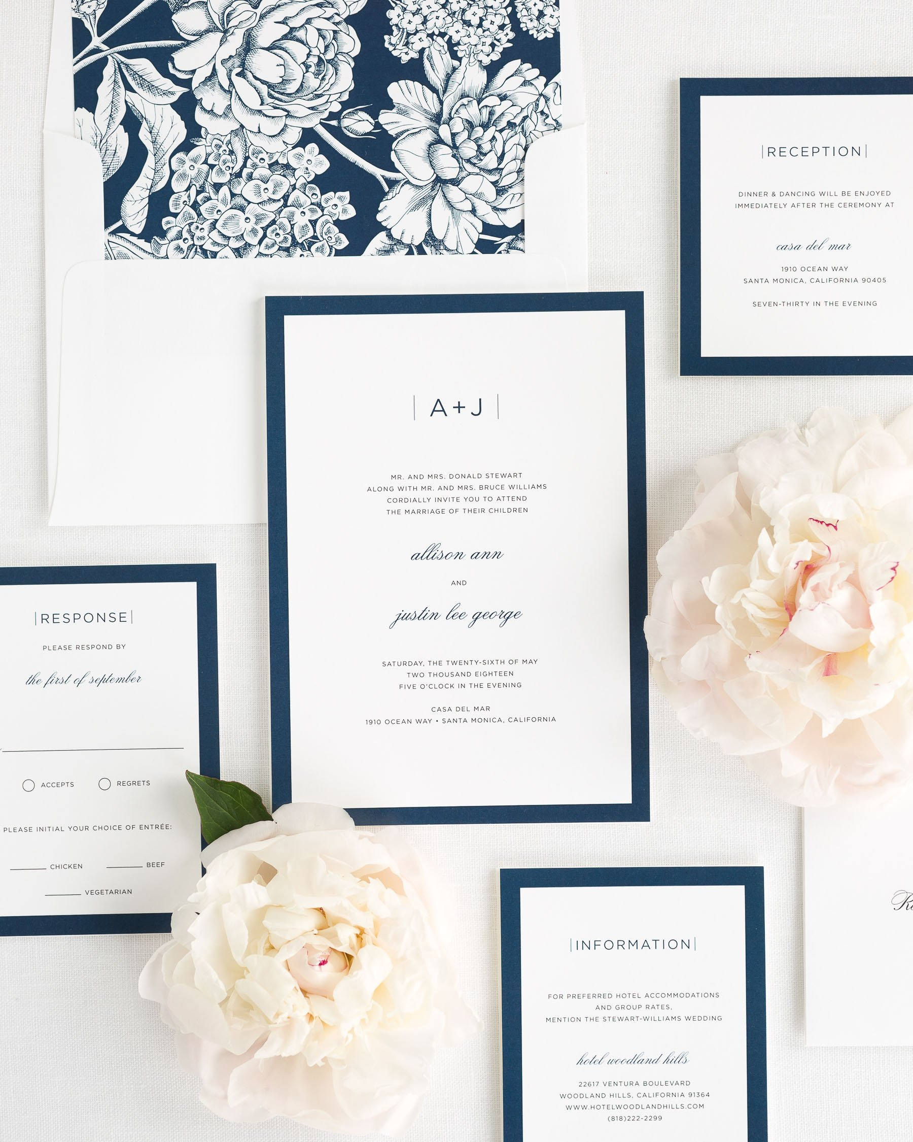 Modern Wedding Invitations: Sophisticated Modern Wedding Invitations